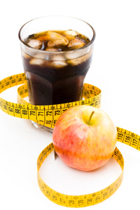diet-soda-and-apple